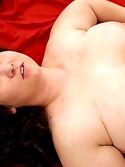 Lusty BBW getting her plump ass wet with cum