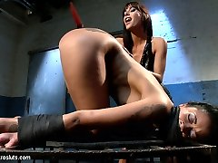 Sultry brunette Gia DiMarco has an obsession with mocha-skinned beauty Skin Diamonds ass! While...