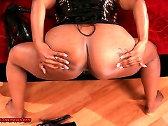 MeanAmazonBitches Hot Amazon Babes Show Their Big Round Asses