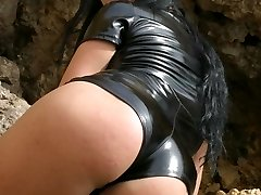 Fuck that latex bootie