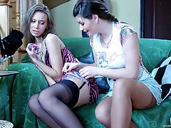 Lesbian gal in plain-top stockings exposes her strap-on for hardcore finale