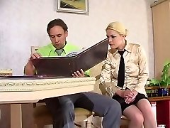Working meeting with sexy chick in lacy tights bound to have fucking finale