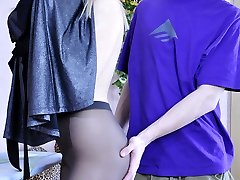 Scorching girl getting pre-party sex wearing just her dark manage top tights
