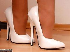 Spectacular Secretary in mega high heels and suntan pantyhose