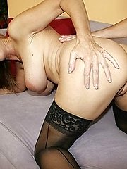 MILF Nicole Moore In Jaw-dropping Stockings Hunting for Lollipop