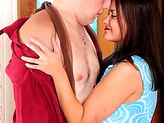 Heated mature chick wraps her pantyhose around her tits in steamy quickie
