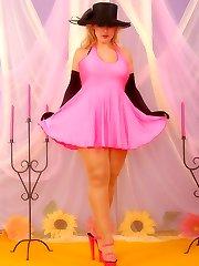 Patsy as pantyhose diva in glossy suntan pantyhose