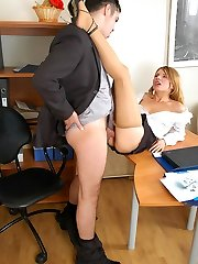 Insane secretary in fragile silky hose rubbing her clit in wild fucking action