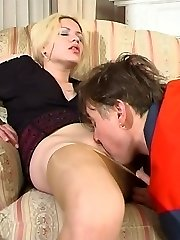 Platinum-blonde filming her pantyhosed vag before seducing worker into fucking