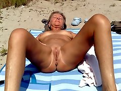 Real nudist beach hidden camera