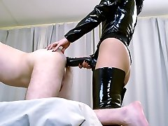 Two hoes drilling bound first-timers chocolate hole with big rubber dongs