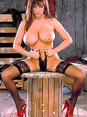 18-yr-old Linsey Dawn nude