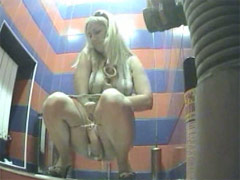 Chick with perfect ass pees in public toilet