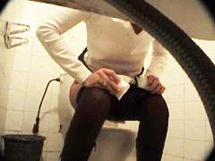 Feeds from spy cam hidden in ladies room in univercity