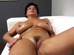 Nice ma lubricates up and fucks Jane from dates25com