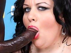 Bbw Desiree Divine interracial blowjob