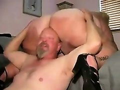 Mature BBW Getting Her Huge Pussy Licked