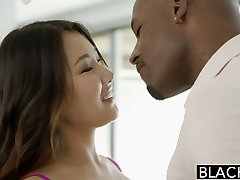 BLACKED Asian Babe Jade Luv Kiljub kohta Tohutu Must Kukk