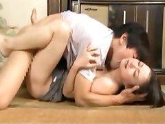 اليابان أمي الحصول مارس الجنس عند الزوج هو