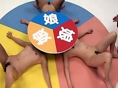 Subtiitritega CFNF hull Jaapani lesbi rulett mäng