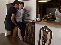 Aasia tüdrukud võrgutas ja seksuaalselt meeliköitev aastal sukkpüksid