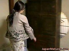 Japanese Cougar has insane sex free jav