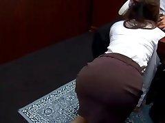 Office bi-atch Ibuki gives head