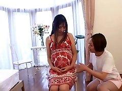 Jaapani õde hoolitseb tema Rase patsient