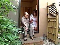 Japonés mamá y a su padre en la ley