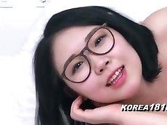 KOREA1818.COM - Jaw-dropping Glasses Korean Babe!