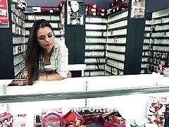 Clerks Gonzo: A Porn Parody