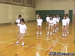 Super hot Japanese femmes flashing
