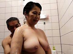 hårig fitta japansk mormor michiko okawa