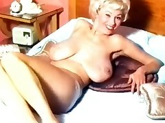 Georgia Holden- 50's Nudie Hottie