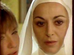 Nun seduced by lesbo!