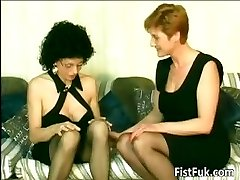 Horny old sluts fingerblasting and going knuckle deep part6