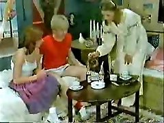 Brother's friend and girlfriend playing to the doctor when mommy  comes-Retro