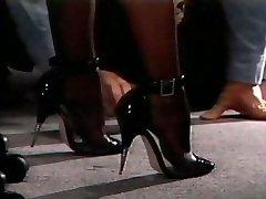 Sandy-haired vintage foot fetish desire