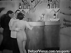 Vintage Pornography 1930s - FFM Threesome - Nudist Bar