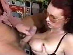 Redhead DEUTSCH SECRETARY BLOWJOB