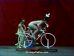 Mind-blowing Girl is Riding a Sex-bike