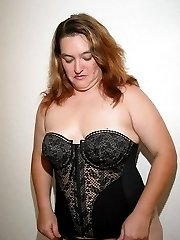 BBW Babe in black corset and stockings
