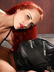 Mz. Berlin ties her slave down on his back and asks him about why he likes quotnipple...