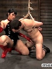 The very sexy Dragonlily is back and wildbill is her willing victim in a set of sultry dominance...