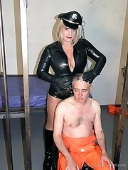 Headshaved by Aggressive Warden