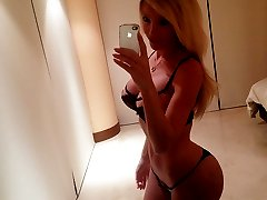 Curvy Shemale Girlfriend with an incredible body in the mirror