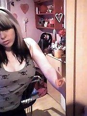 Goth webcam cutie
