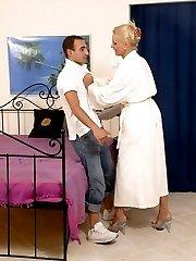 Moms Pleasures XXX Photo Gallery
