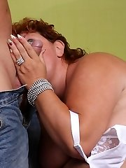 Sherry spreading her massive fat thighs on the bed and getting caked in fresh spunk