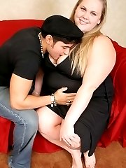 Blonde hog kneeling down to stuff her mouth with cock
